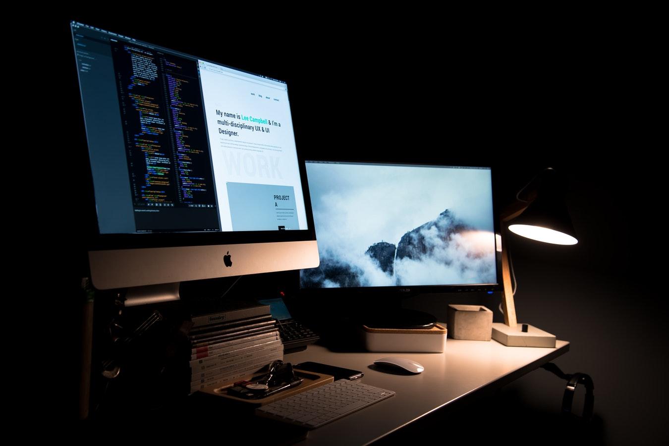 Hvis du vil overleve som designer, har du bare at lære programmering!