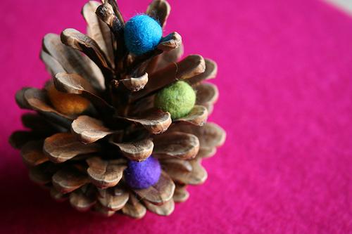 décoration de noël à faire soi-même : arbre de noel pomme de pin