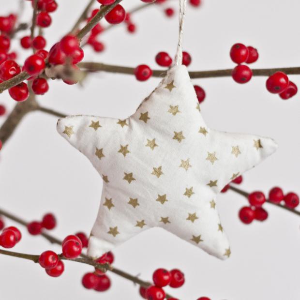 Décoration de Noël à faire soi-même : étoile en tissus