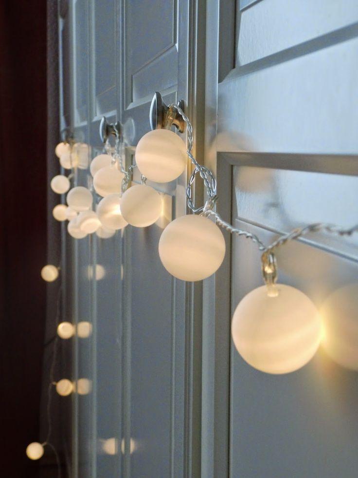 décoration de noël à faire soi-même: guirlande féérique boules de ping pong