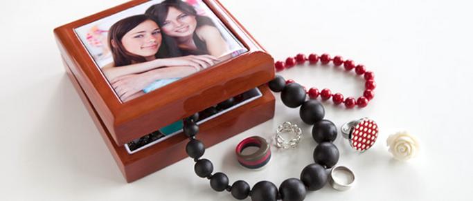 idee cadeau saint valentin femme personnalise boite à bijoux