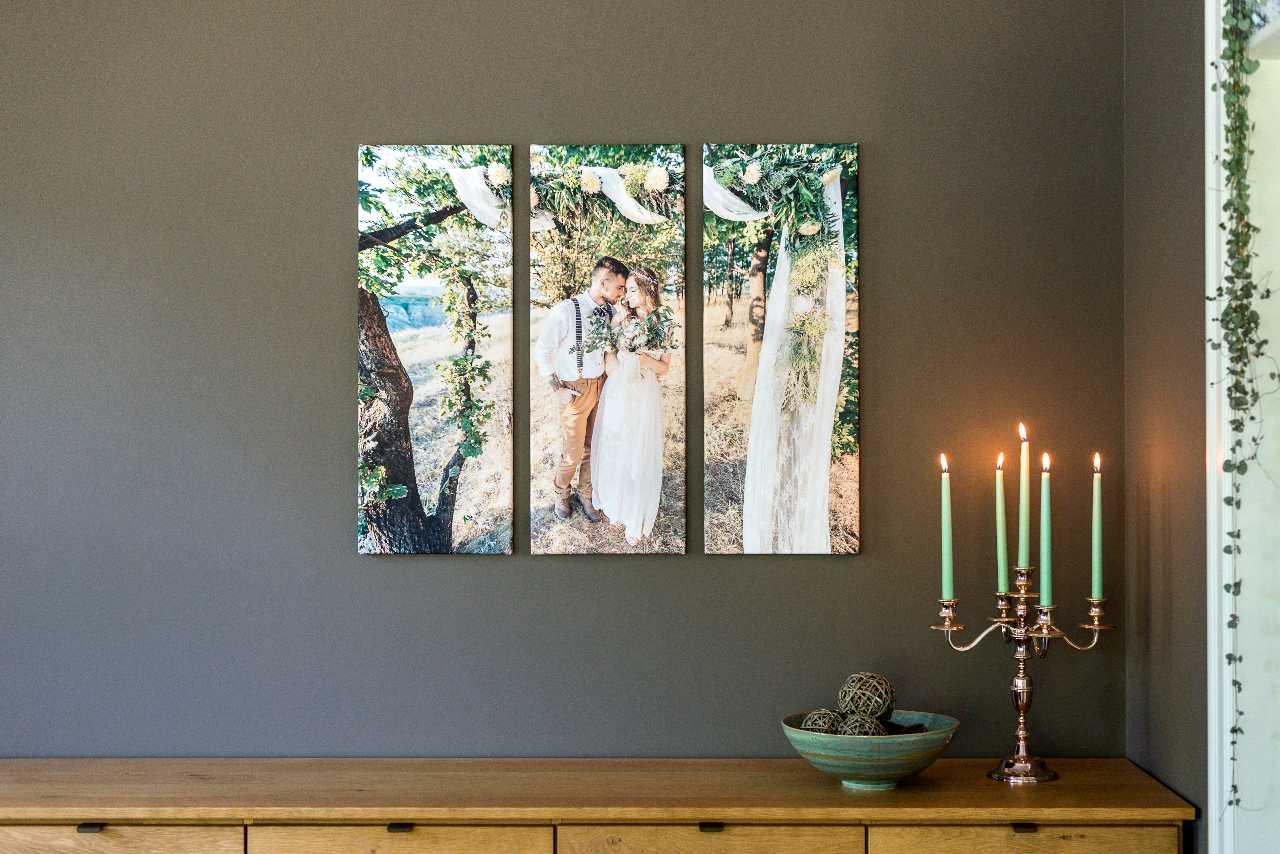 Polyptyque photo: Une photo sur 3 toiles verticales, exemple avec une photo de mariage.