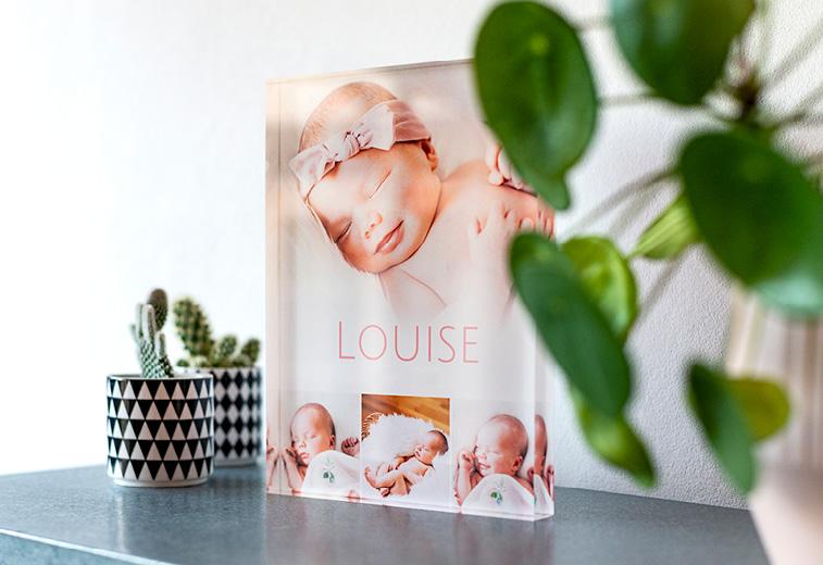 cadeau de naissance original : photo imprimée sur verre