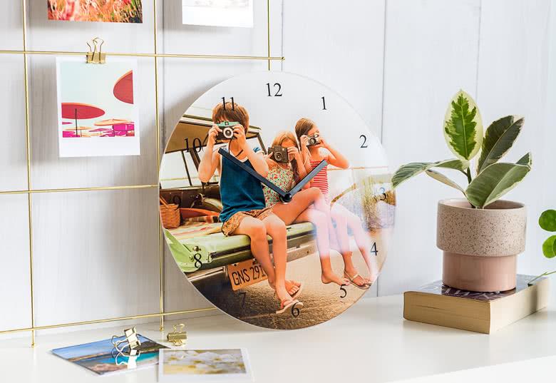Horloge photo souvenirs de vacances à personnalisé à votre guise