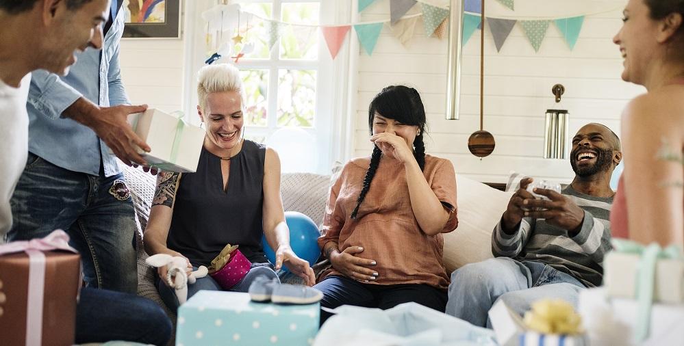 Des idées de décoration de table pour organiser une baby shower smartphoto