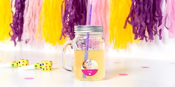 verre avec étiquette nominative pour les enfants smartphoto