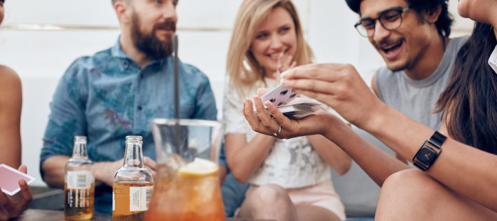 4 tips! – kortlekar som gör spelkvällarna ännu roligare!