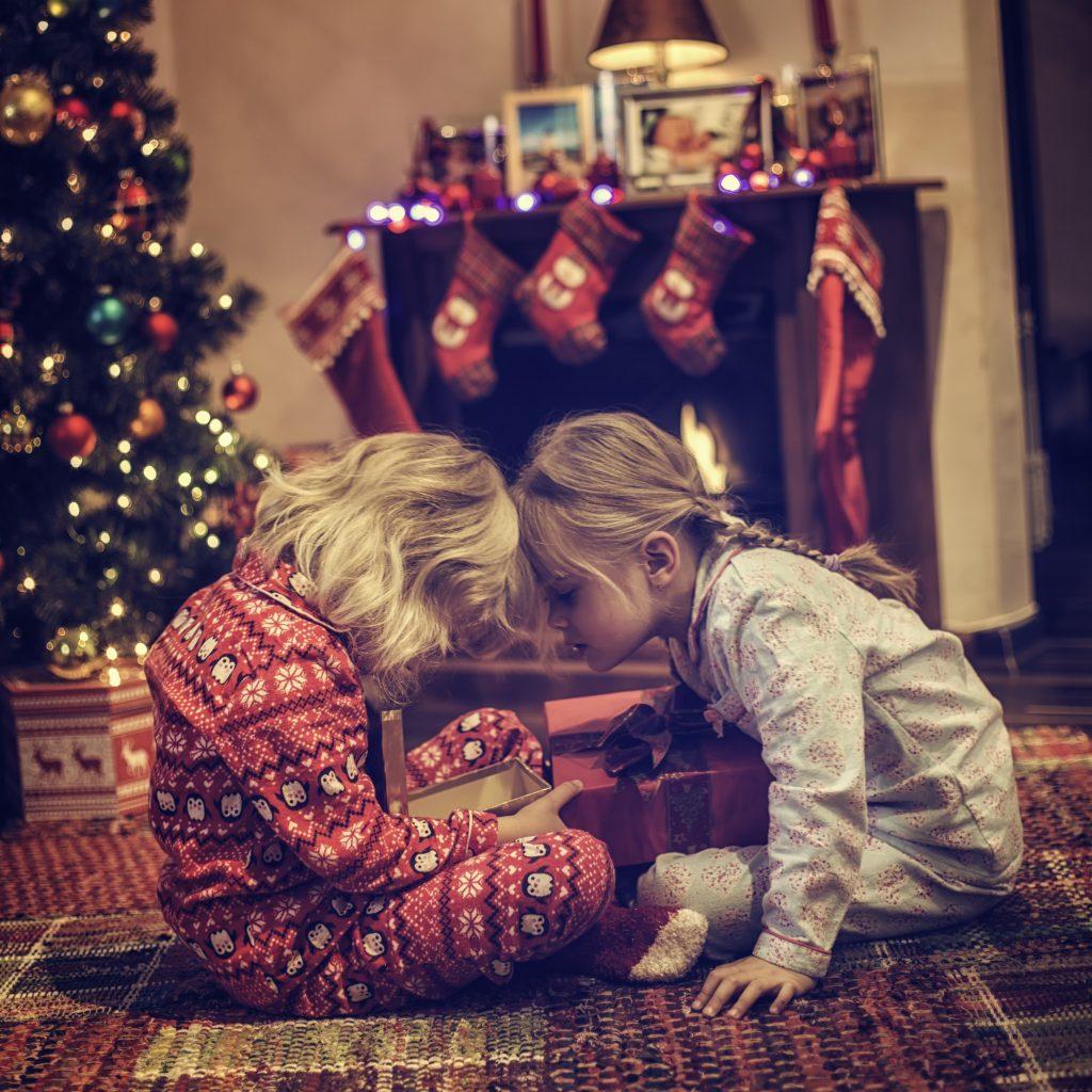 Ge bort en julklapp som berör