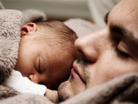 Grattis pappa – så firar du nyblivna pappan på Fars dag!