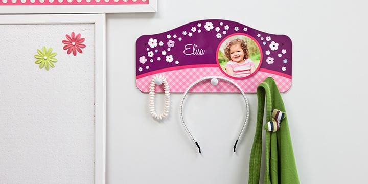 persoonallinen lastenhuone - nuppinaulakko