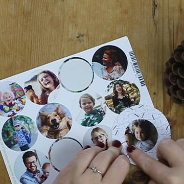 Placeringskort - klistermärke och kotte