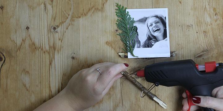 Placeringskort - pinne och retrobild
