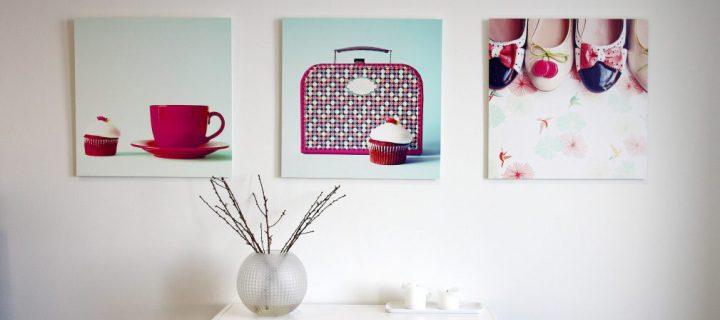 Ripusta muistosi seinälle – valokuvatauluissa uusia kokoja ja muotoja
