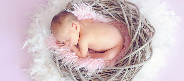 Näin järjestät parhaat Babyshowerit – ruoka, leikit ja koristeet