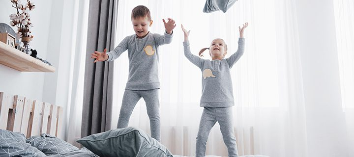 5 vinkkiä hauskoista aktiviteeteista, joita voit toteuttaa kotona lasten kanssa!