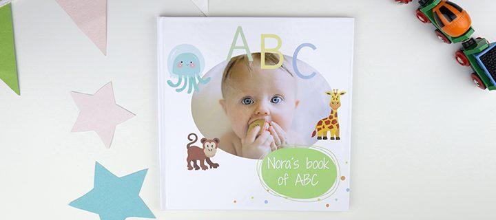 Så nemt skaber du en personlig og unik ABC-bog