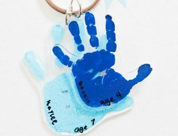 Schlüsselanhänger mit Handabdruck