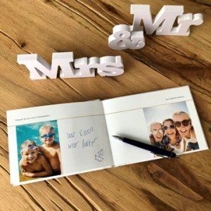 hochzeit-gästebuch-fotos-gäste-smartphoto
