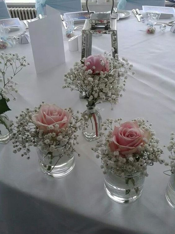 Hochzeits-Tischdeko mit Einmachgläsern