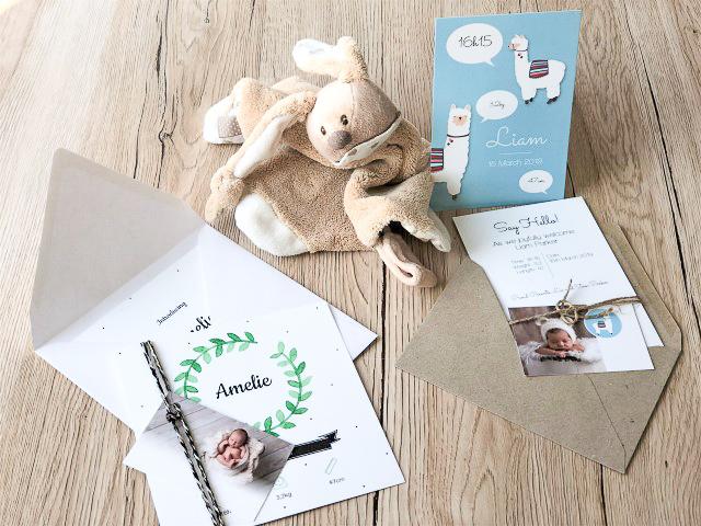 Babykarten mit Geschenkanhänger