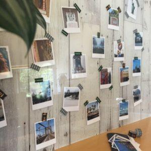 Mur de photos look rétro