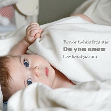 Photo bébé avec citation