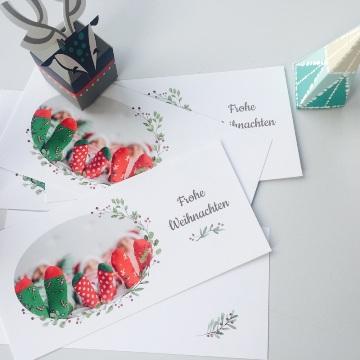 Carte de voeux avec photo de famille en chaussettes de Noël
