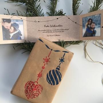 Emballage cadeau de Noël avec motifs au pochoir
