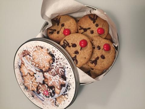Boîte à biscuits avec gâteaux de Noël «renne»