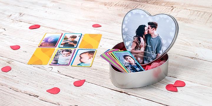 Personalisierte Keksdose Herzform mit Spielkarten
