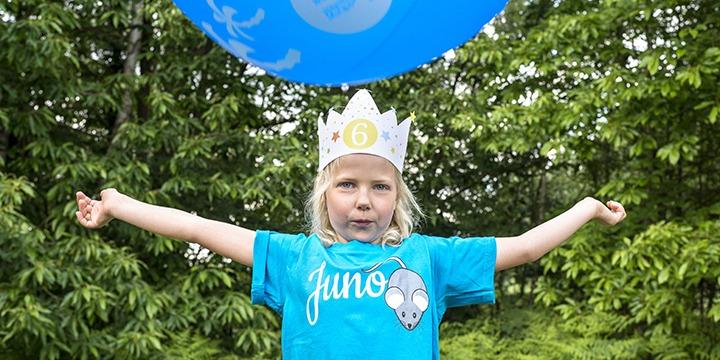 kindergeburtstag-diy-masken-krone-queenforaday-smartphoto