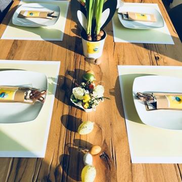 """Sets de table et pochettes à couverts """"Joyeuses Pâques"""""""