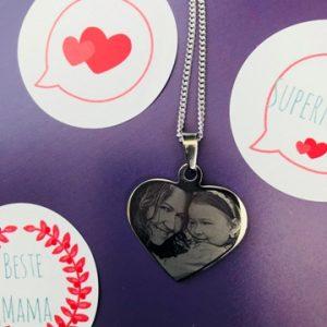 fête des mères-maman-amour-love-cœur-pendentif cœur-bijou-smartphoto