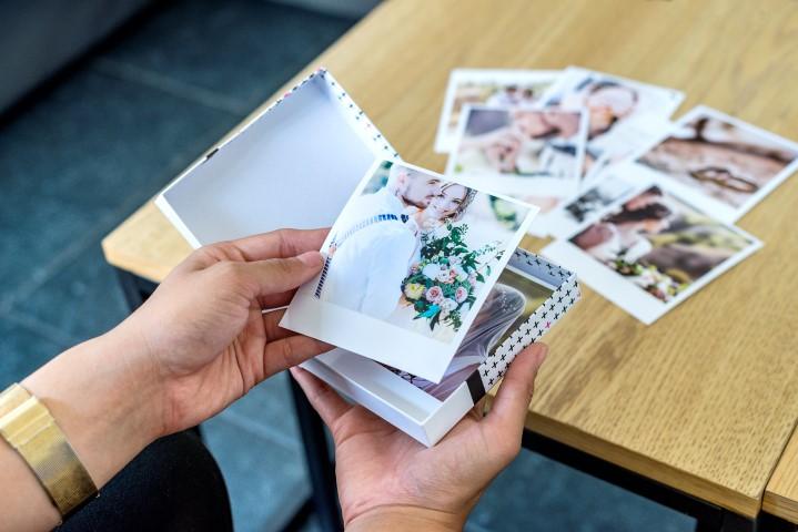 Photos de mariage dans un coffret photo