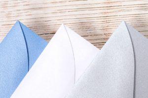 Enveloppes scintillantes pour cartes