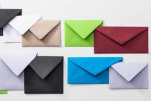 Enveloppes de couleur pour cartes