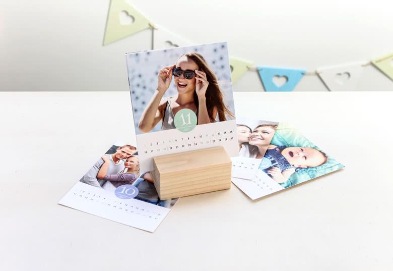 Calendrier photo avec support bois personnalisable
