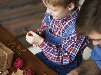 Zelf kerstversiering knutselen? Met dit lijstje kan je zo aan de slag!