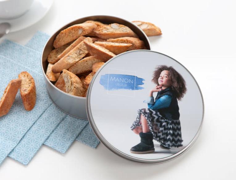 Stop je zelfgemaakte koekjes in jouw eigen koektrommel