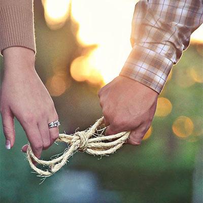 Huwelijksaankondiging-Een symbolisch gebeuren