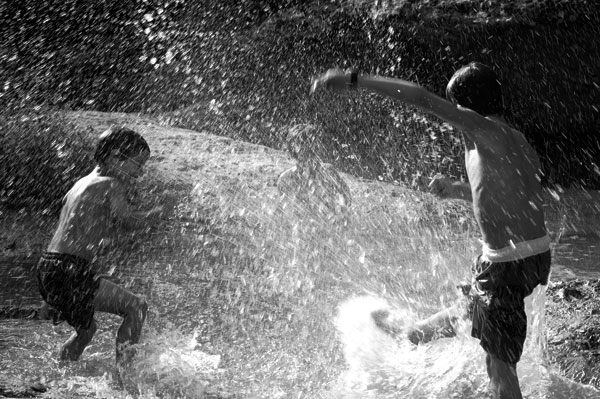 zomerherinneringen - watergevecht