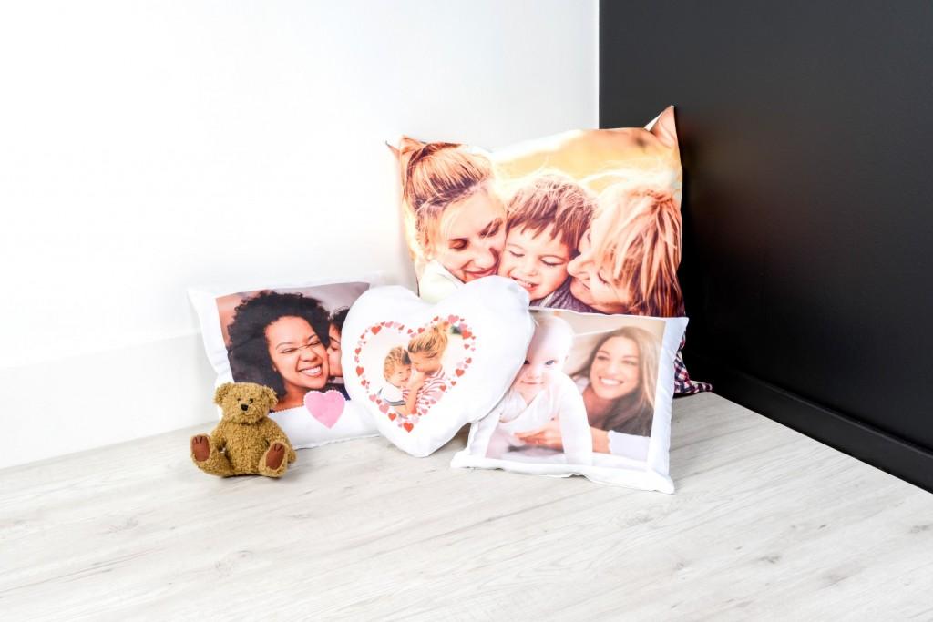 Valentijnscadeau voor haar - Kussen met foto