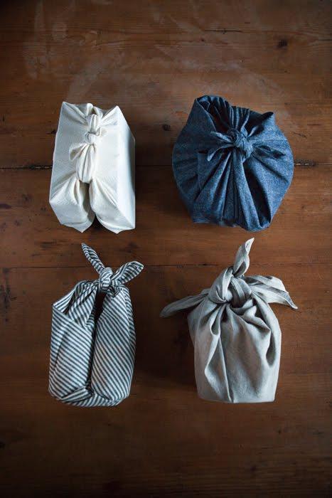 kerstcadeautjes-inpakken-stof-1