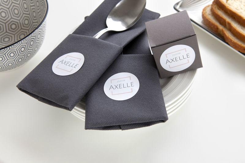 stickers voor servetten als communiefeest versiering