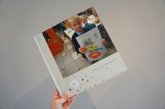 fotoboek met kindertekeningen