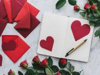 Liefdesbrief schrijven: hoe begin je eraan? Inspiratie voor originele liefdes teksten