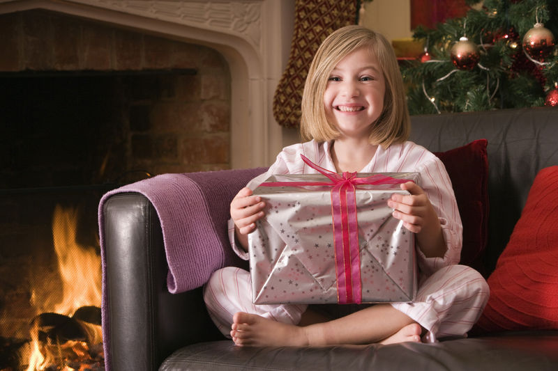 Tips om een veilig kerstfeest te organiseren: Wist je dat Secret Santa ook via de post kan?