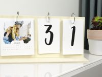 DIY VIDEO – How to make your own modern photo calendar!