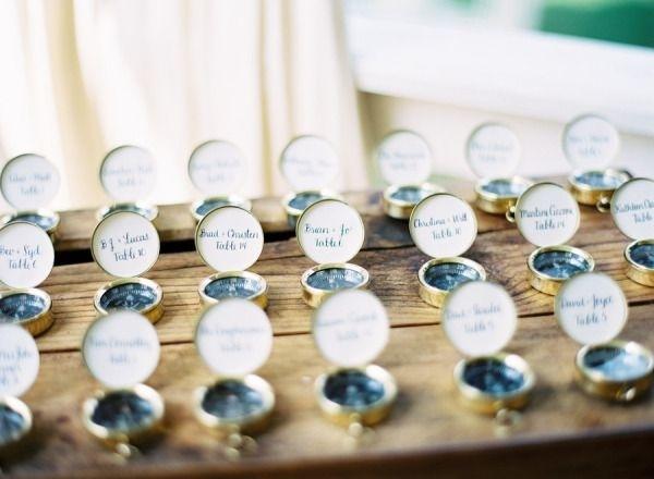 plan-de-table-mariage-boussole