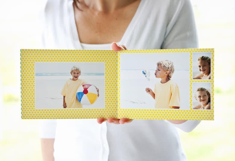 Le livre M à couverture souple : un petit livre joli et bon marché !